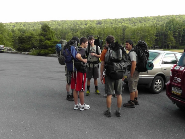 Getting_ready_for_Philmont_Shakedown_2_hike_at_RB_Winter_State_park-001.jpg