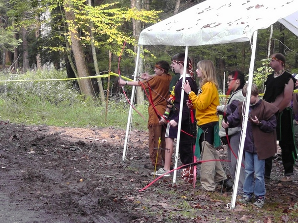 Archery_at_Fall_Camporee.jpg